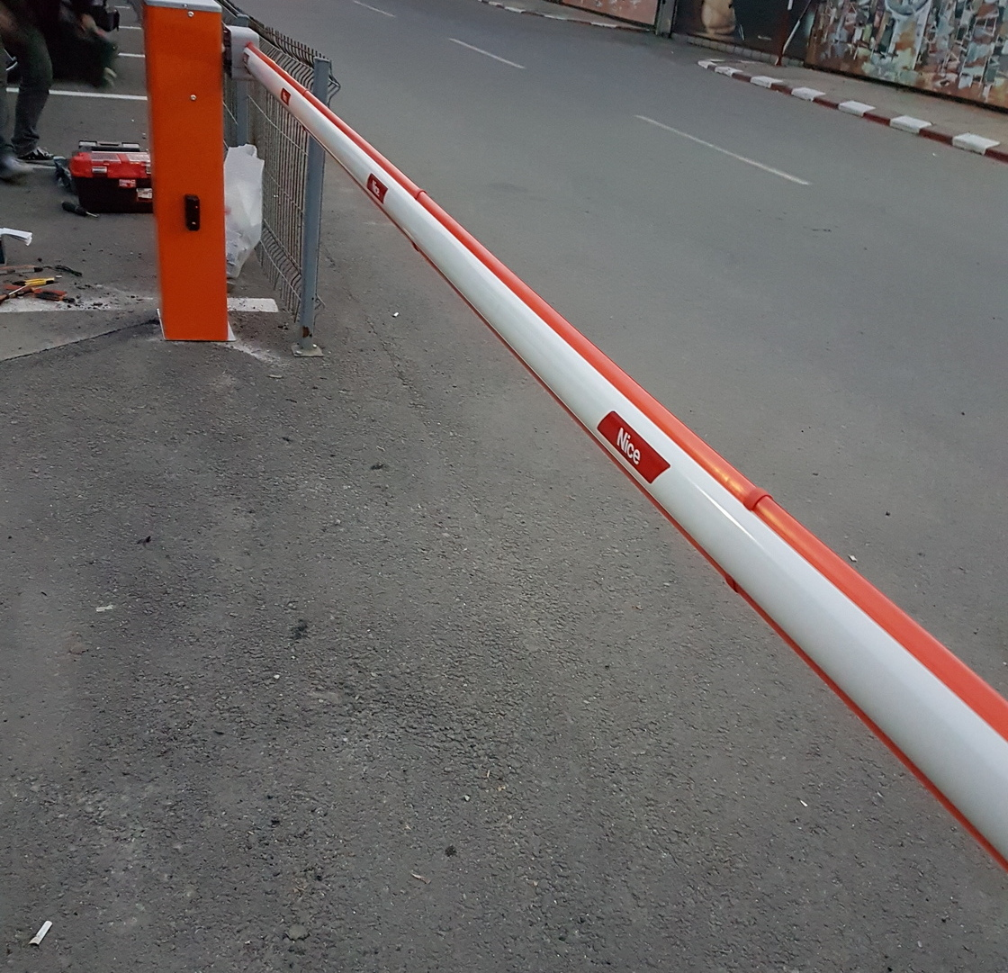opțiune barieră